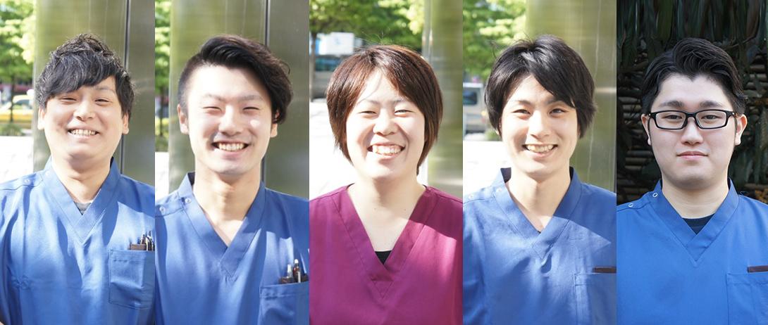 笑顔のスタッフ