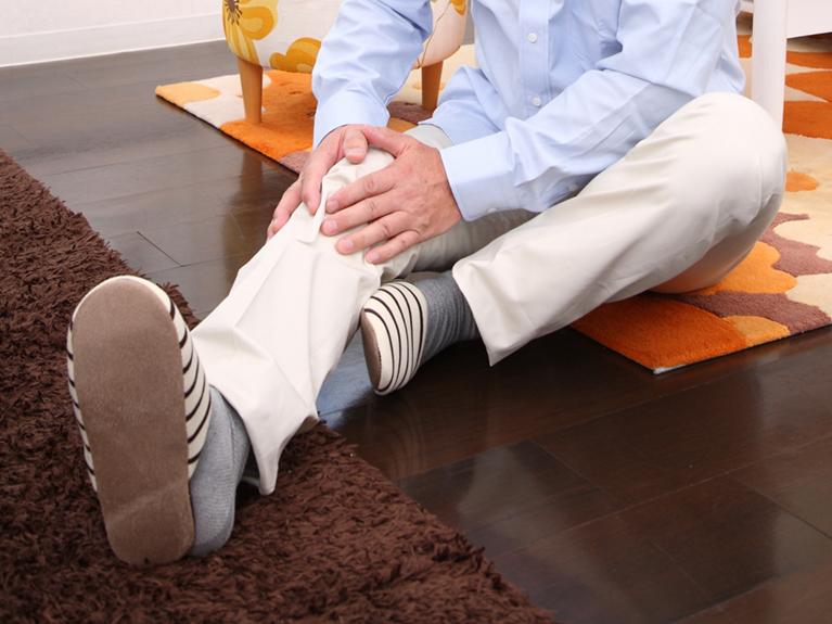 変形性膝関節症による膝痛